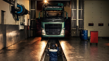 Volvo service agreements