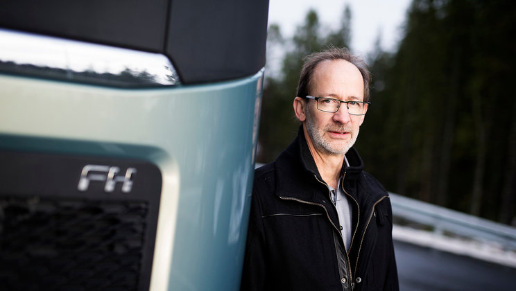 Carl Johan Almqvist and a Volvo FH