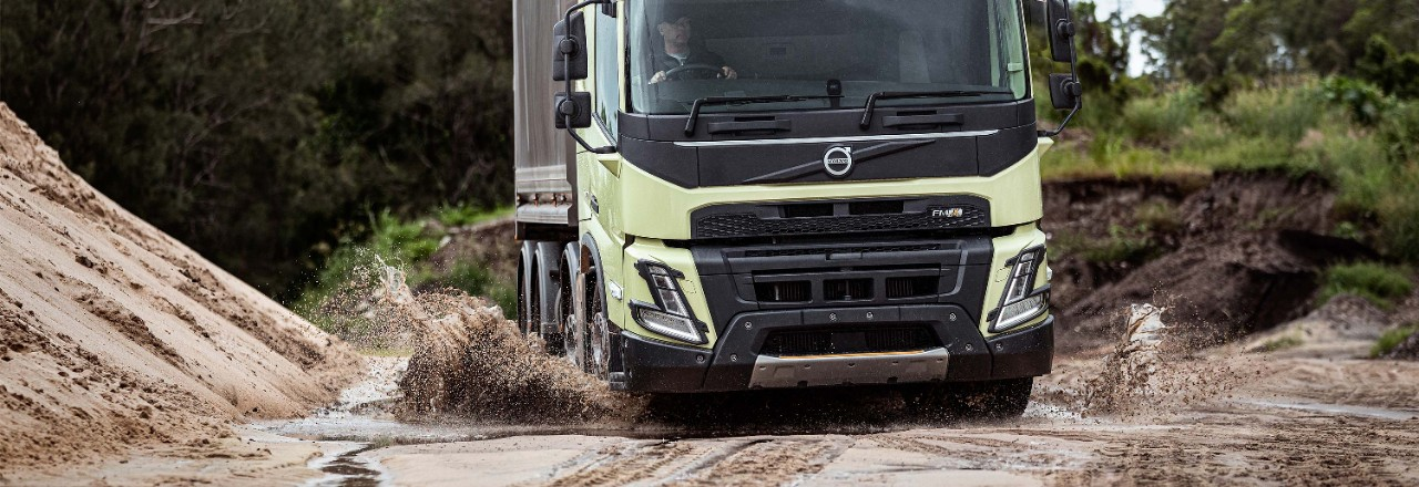 The Volvo FMX front axles can take up to 10 tonnes each.